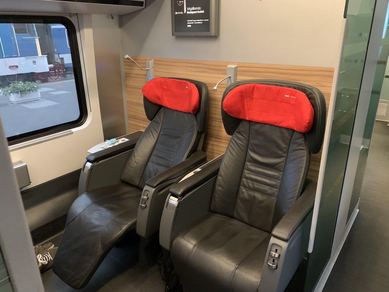 Kényelmes fotelok