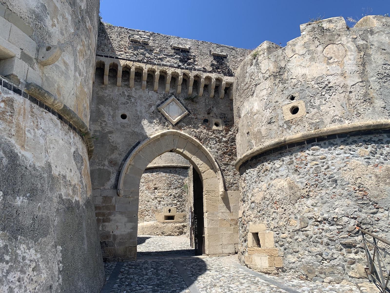 A vár bejárata