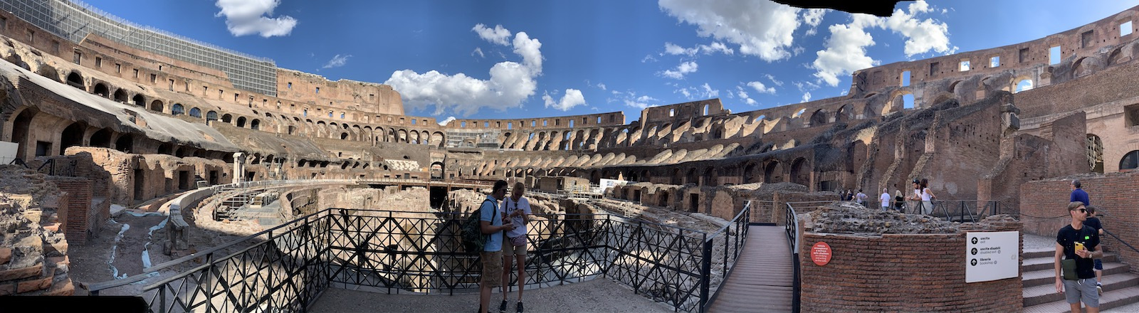 A Colosseumban sem volt tömeg