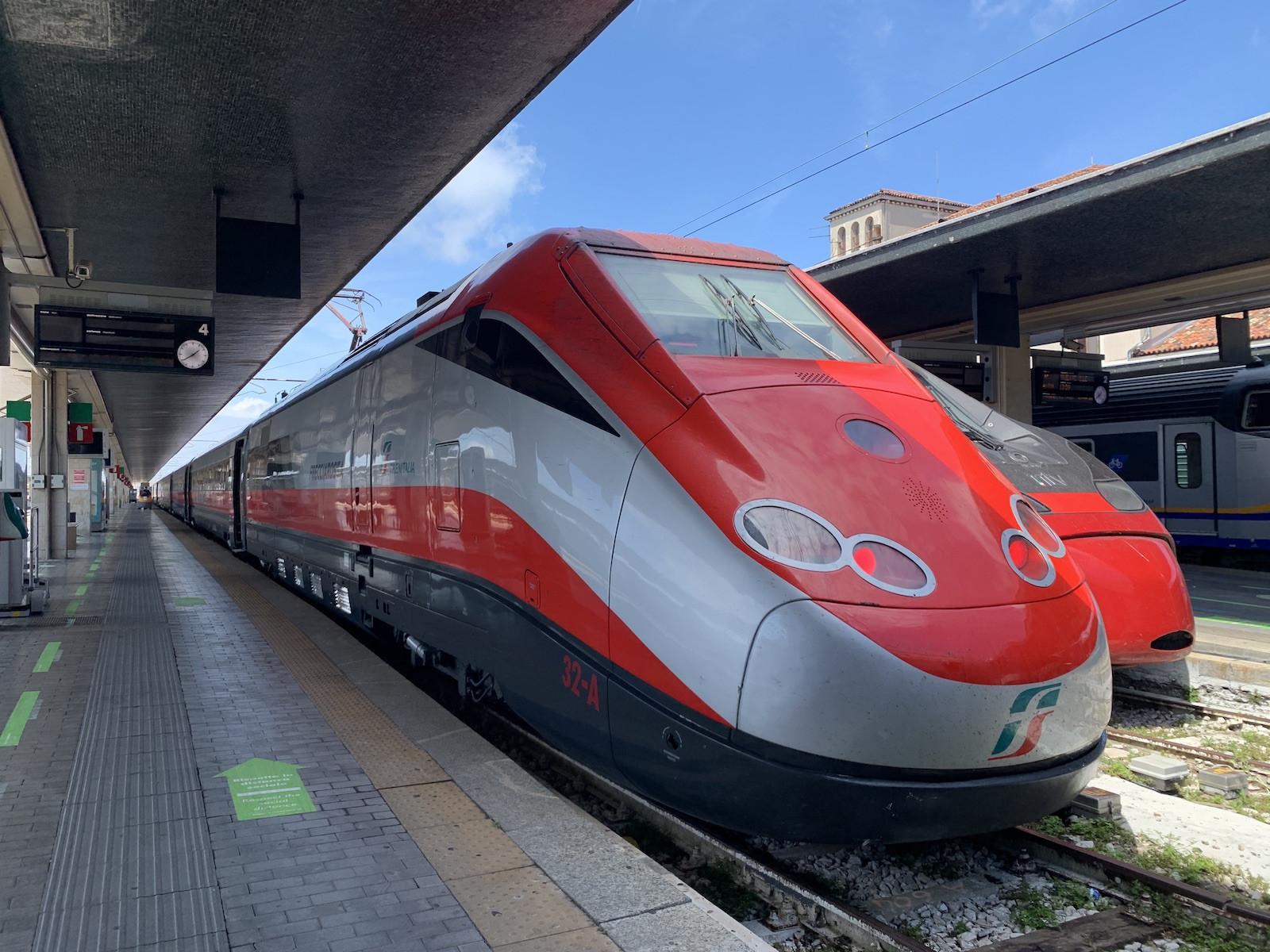 Vonatunk Velencébe érkezett